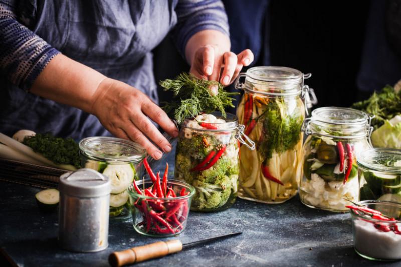 Sottolio, sughi e legumi:crescono consumi ed export per le conserve vegetali
